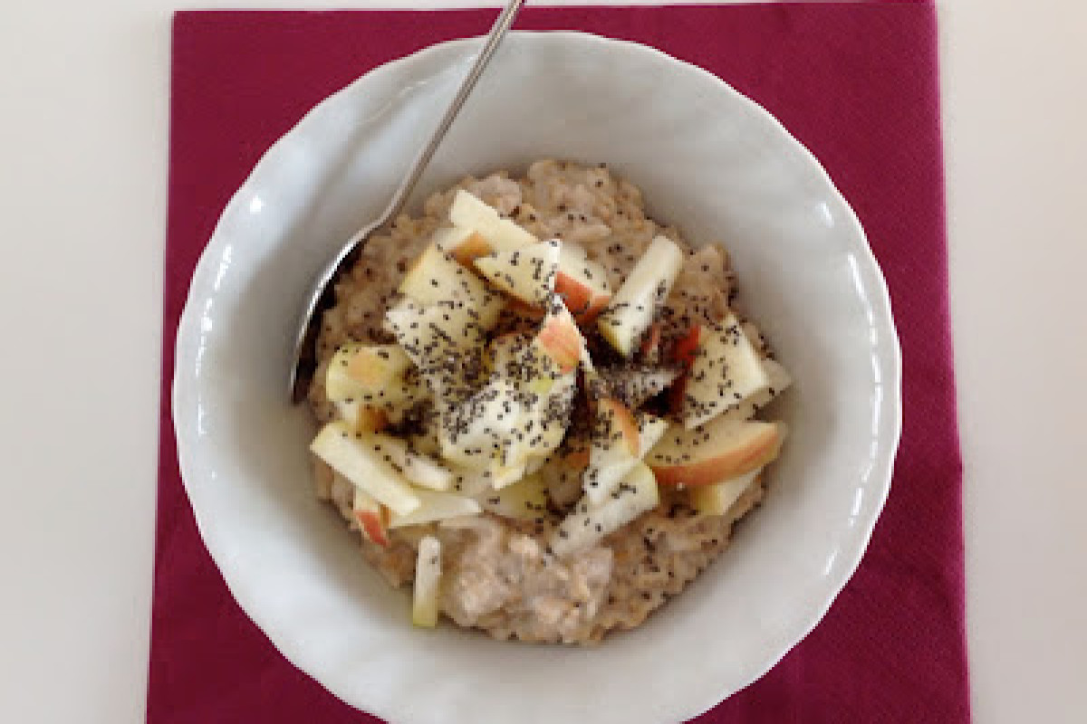 Schnelles Frühstück – Mandelmilch-Porridge