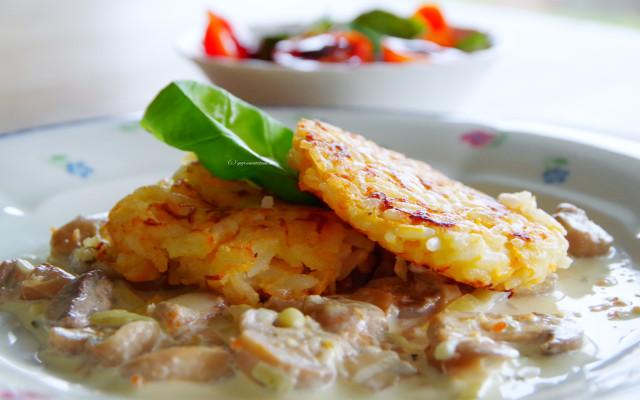 {Food} Reislaibchen mit Champignonsauce
