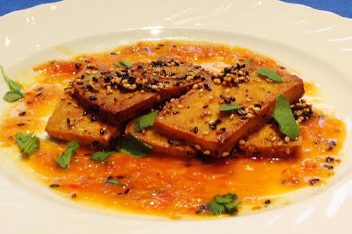 Tofu mit Sesam und Orange